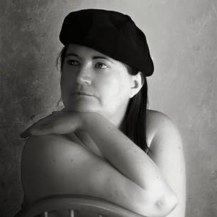 Amanda Earl